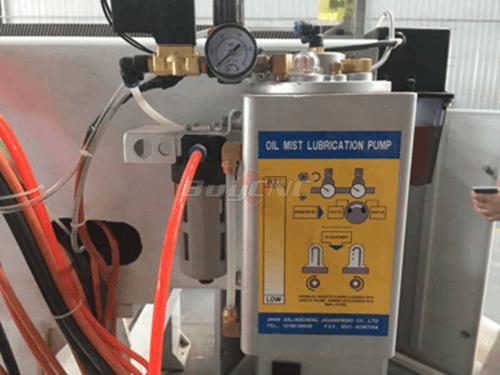 Oil mist Coolant System