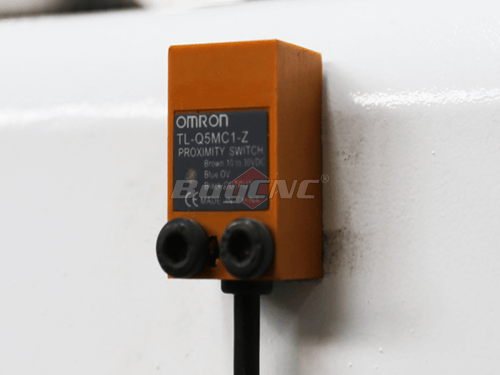 OMRON photoelectric limit switch